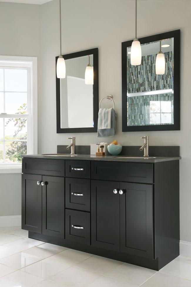 Manhattan Cabinets | Bath